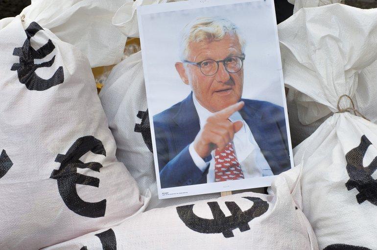 Protest gegen Verleger Dirk Ippen